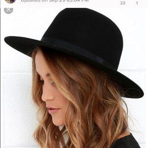 Frye women's Black Wool hat